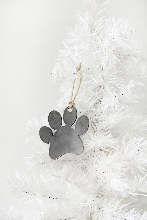 Made in the USA, Christmas Ornament, Paw Print, Steel, Pets, Dog, Cat